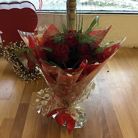 Valentine's Day flowers - Lymington florist
